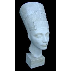 LB 51 Busto Nefertite h. cm. 56