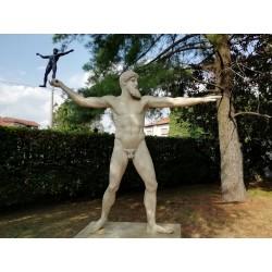 SM 37 Zeus h. cm. 250